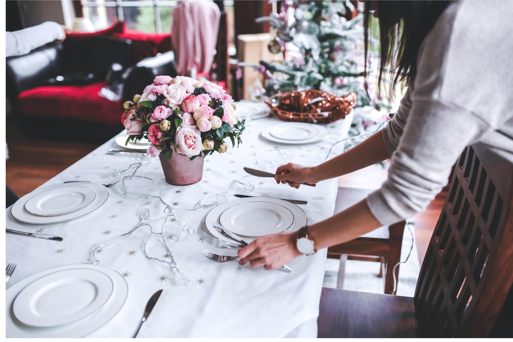 aranjarea mesei de sărbători